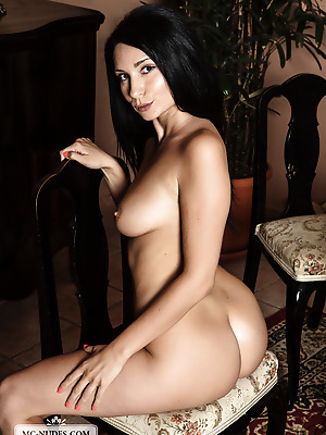 MC-Nudes  Kat  Squeeze, Solo, Ass, Amazing, Softcore, Erotic, Breasts, Boobs, Tits, Babes