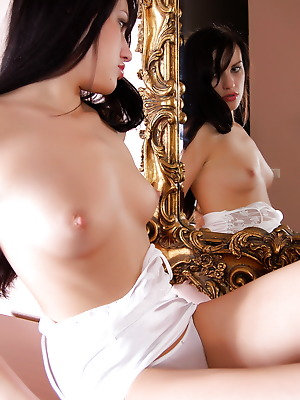 Glam Deluxe  Florencia  Brunettes, 18 year, Young, Teens